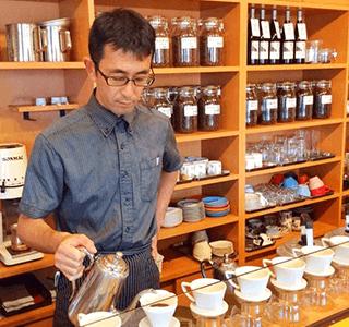 静波海岸 コスモスコーヒー